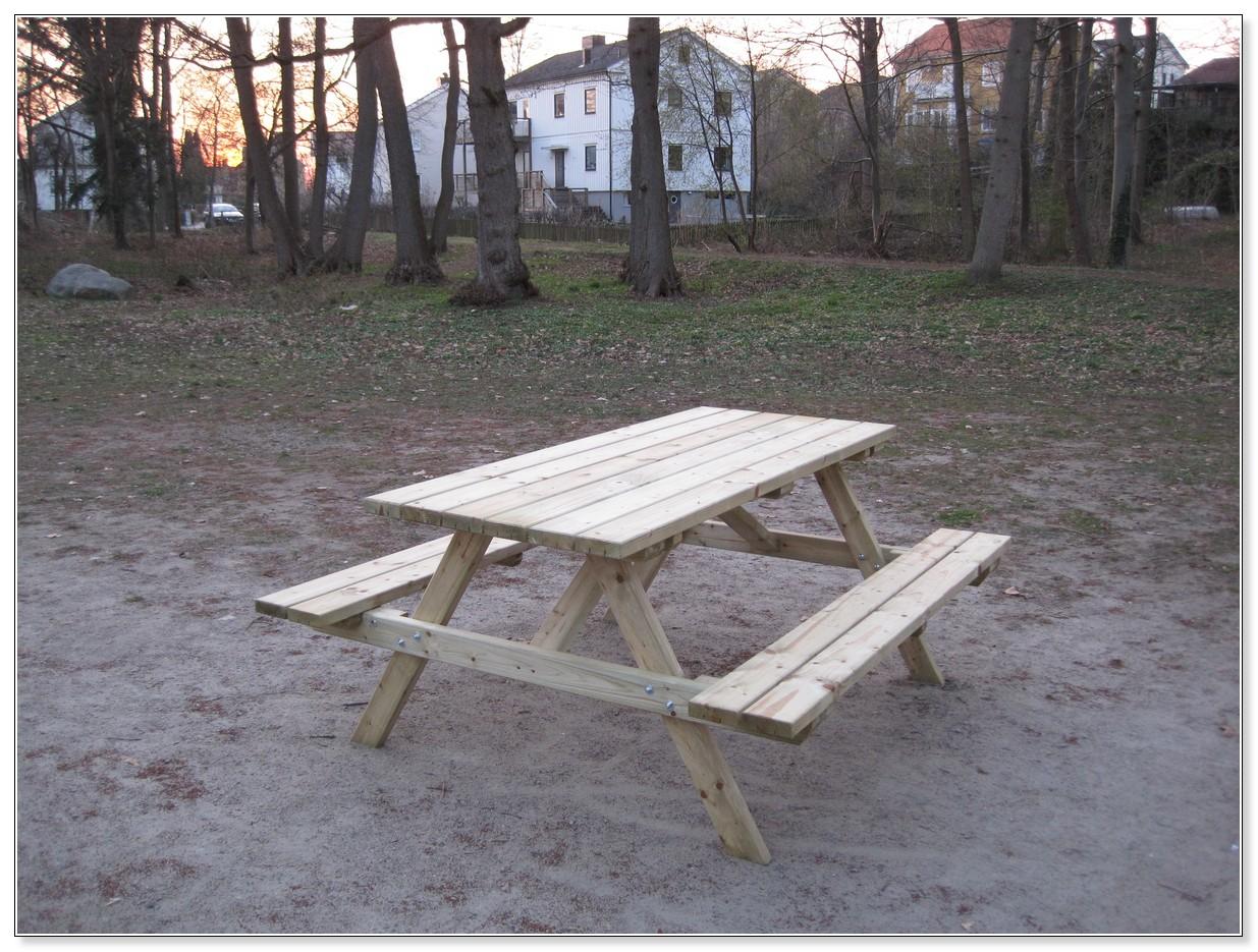 Bänkbord i Frejalunden