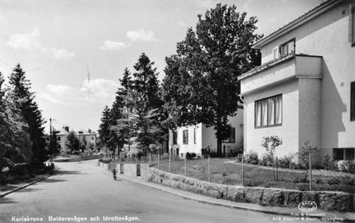 Bergåsa, Baldersvägen och Idrottsvägen.
