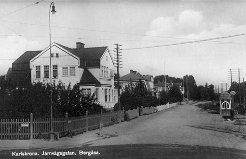 Järnvägsgatan, omdöpt till Sunnavägen 1934.